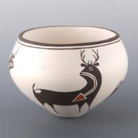 Lewis, Carmel  – Bowl with Heartline Deer