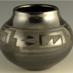 Maria Julian Gunmetal Jar with Wind Pattern1a