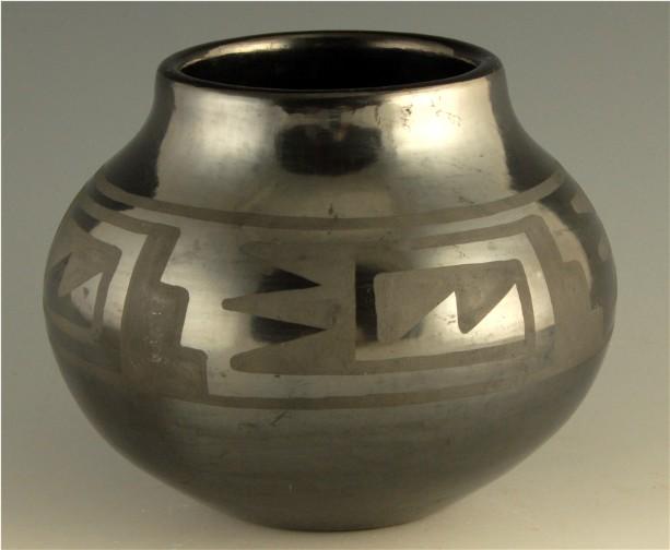 Maria Martinez Pottery Signatures - King Galleries