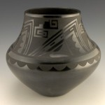 Tonita and Juan Roybal Large Prayer feather Design jar1