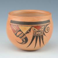 Quotskuyva, Dextra & Lowel Chereposy – Jar with Bird & Bird Tail Design
