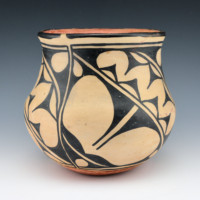 Melchor, Santana – Jar with Rain Designs