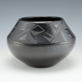 Sanchez, Desideria – Bowl with Rain Designs