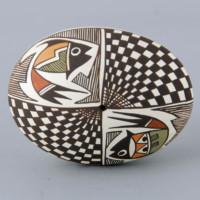 Lewis-Garcia, Diane – Oval Seedpot with Fish