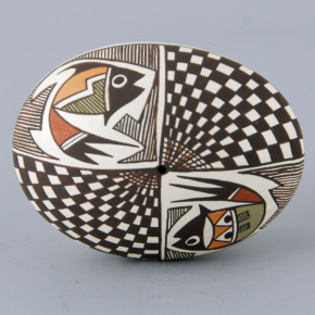 Lewis-Garcia, Diane – Oval Seedpot with Fish