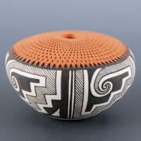 Roy-Keene, Adrianne – Corrugated Seedpot with Tularosa Swirls