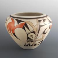 "Navasie, Joy ""Frogwoman"" – Bowl with Bird Designs"