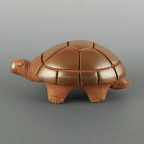 Roller, Ryan – Carved Brown Turtle Figure