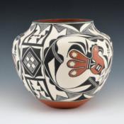 Aragon, Rachel – Jar with Parrots