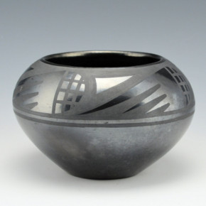 Sanchez, Desideria – Bowl with Bird Wing Motif