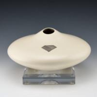 Duwyenie, Preston – White Shoulder Jar with Silver Inset