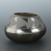 Isabel Pena bowl wtih mountains1b