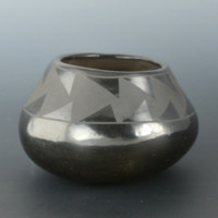 Pena, Isabel – Bowl with Mountain Designs