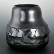 Roller, Jordan – Rounded Rim Jar with Lightning Patterns