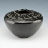 Martinez, Chris – Bowl with Feather Pattern