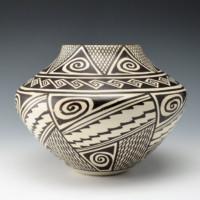 "Naha, Helen ""Feather Woman"" – Jar with Awatovi Star Design"
