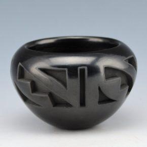 Velarde, Carol – Carved Bowl with Rain Designs