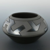 Roller, Jordan – Bowl with Lightning Designs