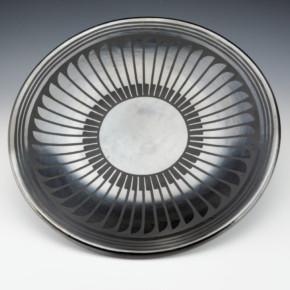 "Martinez, Maria – Gunmetal Feather Plate ""Maria Popovi"""