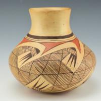 Nampeyo, Rachel – Jar with Migration Pattern (1970's)