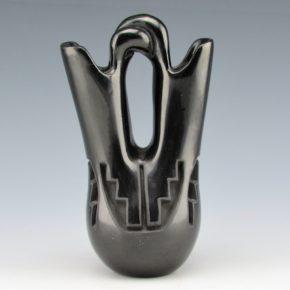 Gutierrez, Teresa – Wedding Vase with Rain Designs