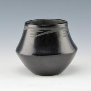 Gonzales, Juanita – Jar with Rain Design