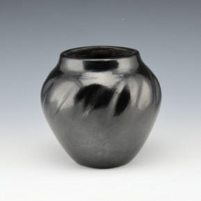 Unsigned – Santa Clara Melon Jar (1920's)