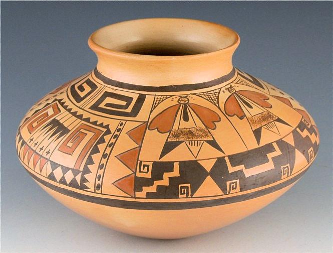Jar by Vernida Polacca Nampeyo