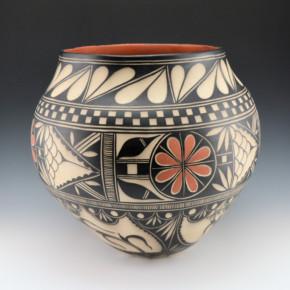 Ortiz, Virgil – Large Traditional Design Jar (1997)
