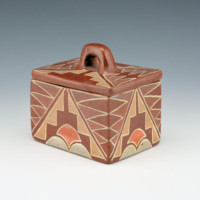Unsigned – San Ildefonso Polychrome Box (1920's)