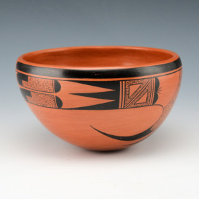 Tahbo, Dianna – Bowl with Bird Design (1996)