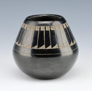 Haungooah, Art Cody & Martha –  Black Jar with Feather Design (1977)