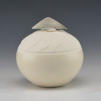 Duwyenie, Preston – Shifting Sand Seedpot with Silver Lid