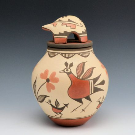 Medina, Elizabeth – Jar with Bird Family & Turtle Lid