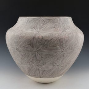 Peters, Franklin – Large Olla with Fineline Star Patterns