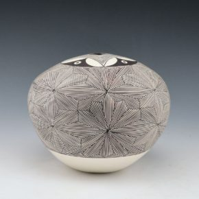 Peters, Franklin – Seedpot with Star Pattern
