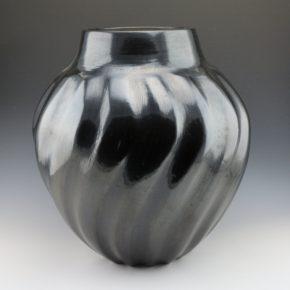Tafoya, Margaret – Large Melon Swirl Rib Storage Jar (1960's)