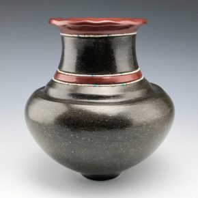 Sanchez, Russell  – Black-and-Red Water Jar with Raindrop Rim