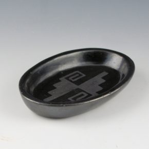 Roybal, Tonita – Oval Shallow Bowl with Lightning Designs (1920's)