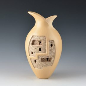 Qoyawayma, Al – Cliff Dwelling and Bird Figure Serenity Jar