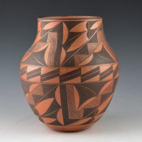 Analla, Calvin – Jar with Fineline Rain and Plant Designs