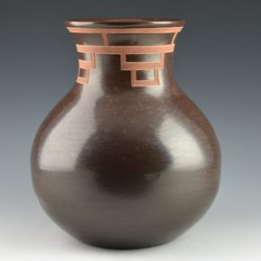 Roller, Jordan – Brown Water Jar with Etched Mountain Design