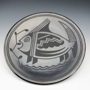"Martinez, Maria – Large ""Fish"" Plate (Maria + Popovi,1956-9)"
