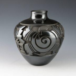 Begay, Daniel – Jar with Turtles