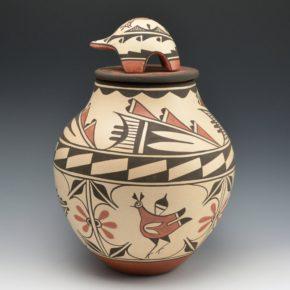 Medina, Elizabeth & Marcellus – Large Jar with Birds, Clouds & Turtle Lid
