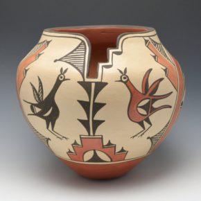 Medina, Sofia – Large Jar with Birds and Lightning Rim