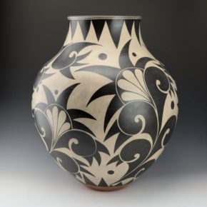 Holt, Lisa & Harlan Reano – Large Jar with Plant Designs