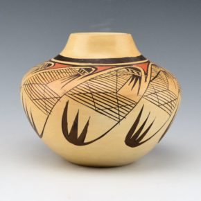 Nampeyo, Adelle L. –  Jar with Migration Pattern