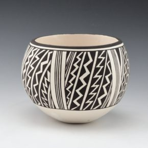 Lewis, Carmel  – Bowl with Lightning Design (2015)