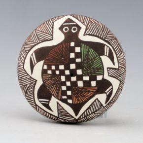 Lewis-Garcia, Diane – Seedpot with Turtle